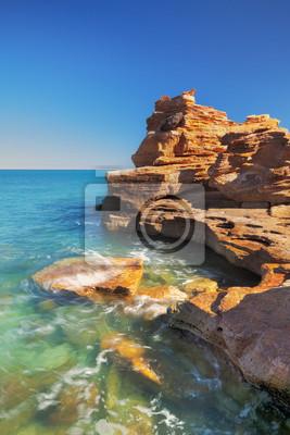 Acantilados costeros rojas en Gantheaume Point, Broome, Australi occidental