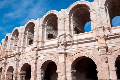 Anfiteatro romano antiguo en Arles, Francia