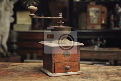 Antiguo moulin à café vintage