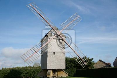 Antiguo moulin a la vente en la Beauce, Francia