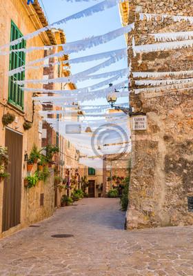 Antiguo pueblo mediterráneo en España Mallorca Valldemossa