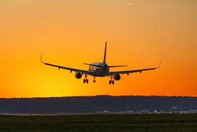 Cuadro Avión aterriza aeropuerto sol puesta de sol vacaciones viajes viajes