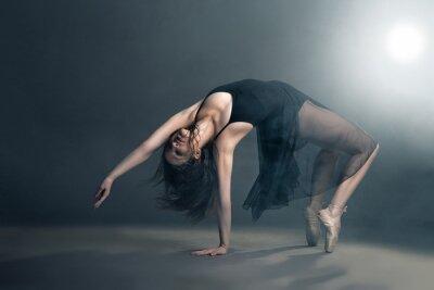 Cuadro Bailarín moderno del estilo que presenta en fondo gris