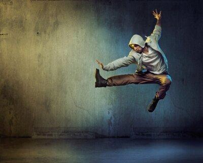 Cuadro Bailarina atlética en una actitud de salto