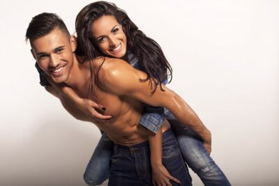 Cuadro bella pareja sexy en jeans