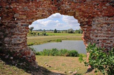 Cuadro Besiekiery, ruiny gotyckiego zamku, Polska