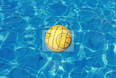 Bola en el agua