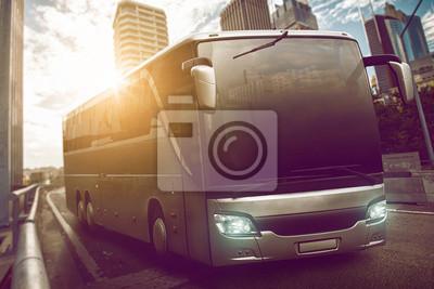Cuadro Bus en la ciudad