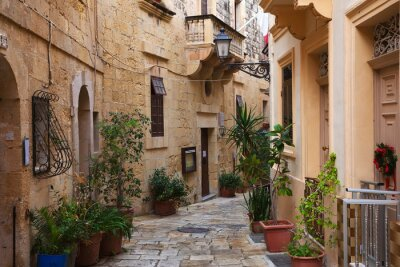 Calle en la vieja ciudad mediterránea