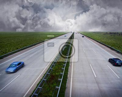 Carretera con el mal tiempo