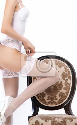 df1caf1330a1 Cuadro: Carrocería atractiva de una mujer en ropa interior blanca que