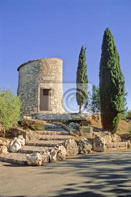 CARROS (06 Alpes Maritimes), L'ancien moulin à vent