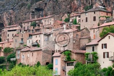 casa sobre la roca, departamento de Aveyron, Francia