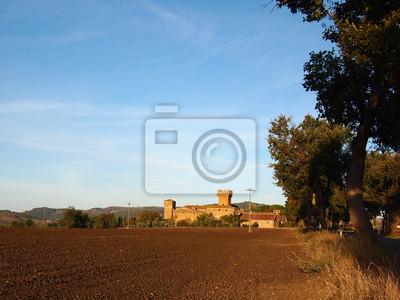 Castillo en un paisaje de la Toscana