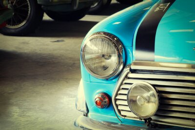 Cuadro Cierre de frente de un coche de color verde suave vintage