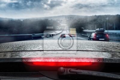 Conducir a través de la lluvia