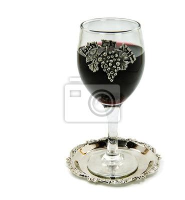 Copa de vino de Shabbat, aislados en blanco