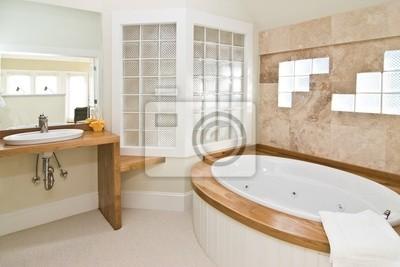 Cuadro: Cuarto de baño blanco con bañera de hidromasaje