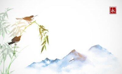 Cuadro Dos pajaritos, rama de bambú y lejanas montañas azules. Tinta oriental tradicional pintura sumi-e, u-sin, go-hua. Jeroglífico - eternidad.