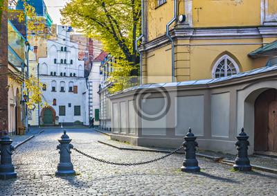 Edificios góticos de la antigua Riga ciudad-capital de Letonia, Europa