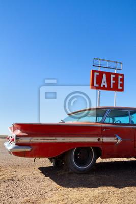 Entrar Cafe y coche viejo en la ruta 66