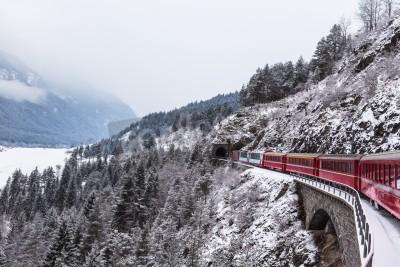 Cuadro Famoso tren turístico en Suiza, el Glacier Express en invierno