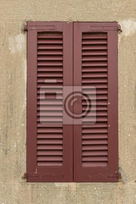 Fensterladen geschlossen