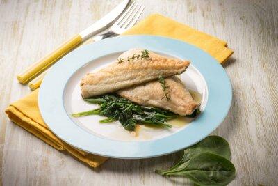 Cuadro Filete de pescado con espinacas frescas