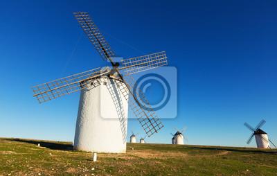 Grupo de molinos de viento