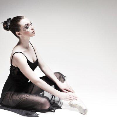 Cuadro Hermosa bailarina, estilo moderno bailarina posando en el estudio