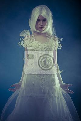 454f3a151 Cuadro Hermosa mujer con vestido blanco corsé de encaje