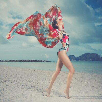 Cuadro Hermosa mujer en la playa