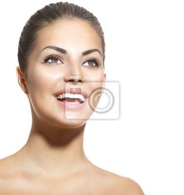 Cuadro Hermosa sonriente retrato chica joven aislado en blanco