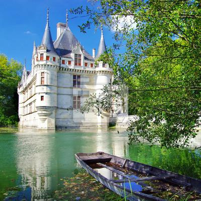 hermoso castillo azey-le-redeau