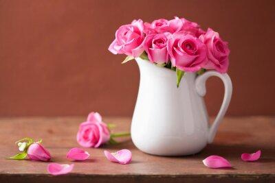 Cuadro Hermoso ramo de rosas rosas en florero