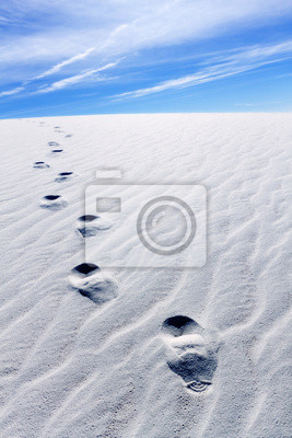 Huellas en las dunas de arena
