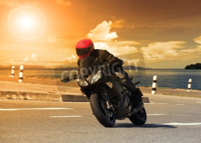 Cuadro Joven, equitación, grande, bicicleta, motocicleta, contra, fuerte, curva, asfalto, alto, maneras, camino, rural, lago, escena, uso, macho, aventura, actividades, motor, deporte, manía, feriado, vacaci
