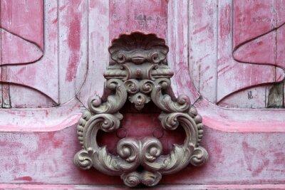 Cuadro Knoker puerta en una antigua puerta wodden rosa