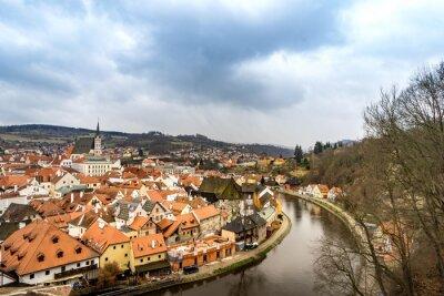 Cuadro La ciudad vieja vista desde Cesky Krumlov castillo en día nublado