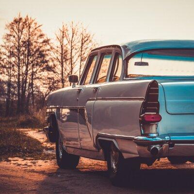 Cuadro Lateral del coche de vuelta retro vintage viejo o. Procesamiento de efectos vintage