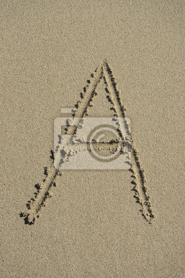 letra A del alfabeto arena