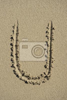 letra U alfabeto arena
