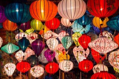 Cuadro Linternas de papel en las calles de la antigua ciudad de Asia