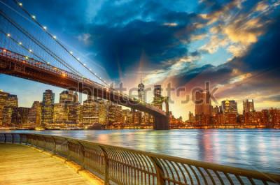 Cuadro Manhattan, New York City. Spectacular sunset city view.
