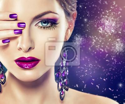 Maquillaje Purpura Pinturas Para La Pared Cuadros Salon De Belleza