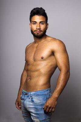 Cuadro Modelo masculino musculoso torso desnudo con