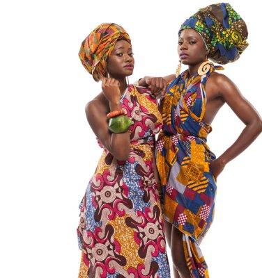 Cuadro Modelos femeninos africanos posando en vestidos.