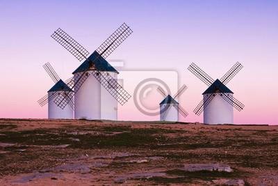 Molino de viento en Campo de Criptana, La Mancha, España