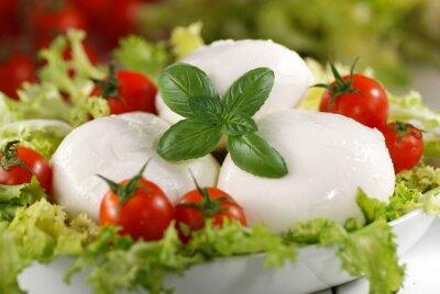 Cuadro mozzarella di bufala estafa italiana pomodorini di Pachino