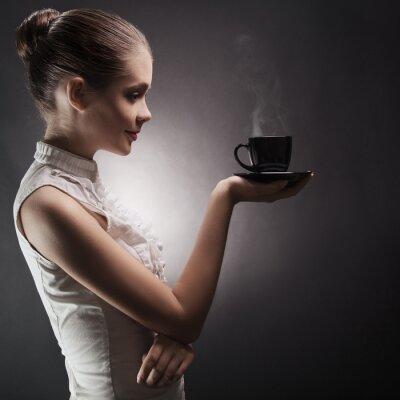 Cuadro Mujer atractiva con un aromático café en las manos